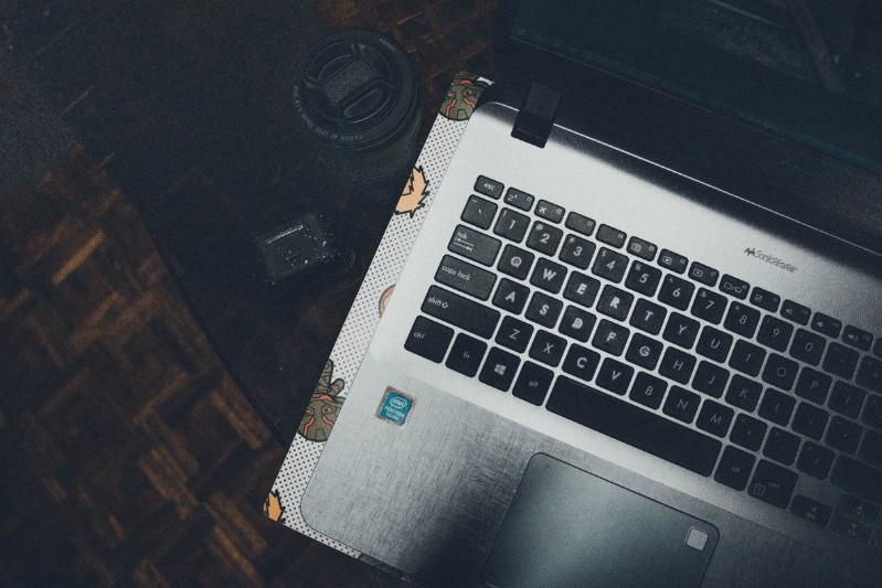 laptop, laptop keyboard, keyboard repair, keyboard replacement, broken keys on keyboard, st albans, fix laptop keybaord, mr computer, st albans, herts, sandridge
